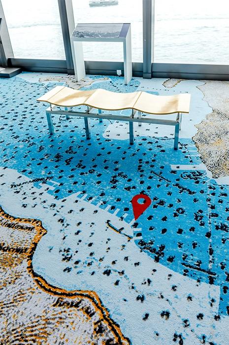 Besondere Teppich Ideen - Karte auf Teppich gedruckt