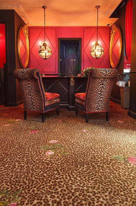 Sonderanfertigung: Teppich im Gepardenmuster im Hôtel de JoBo Paris - ege carpets